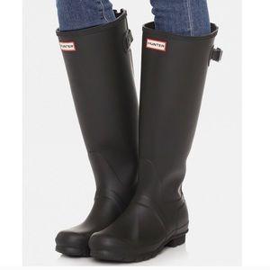 BNIB Hunter Black Rain Boots